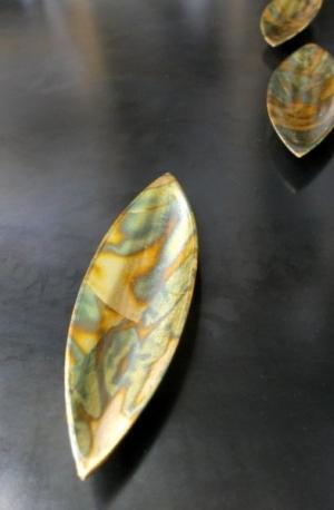 gold leaf pods